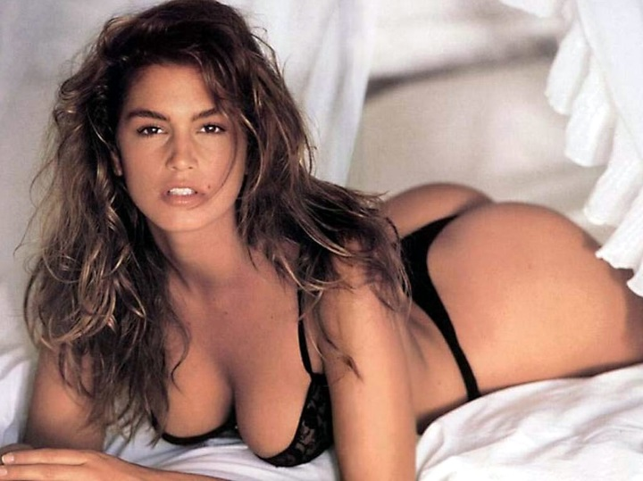 cindy crawford in intimo