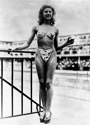 Micheline Bernardini 1946 Parigi