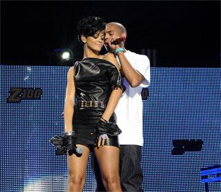 Rihanna, Chris Brown Jingle Ball 2008